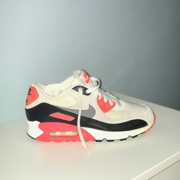 designer fashion 31b8a 61247 Nike Air Max 90 Infrared Size 6.5 Boys 8 Women. M 5a6b9f369cc7ef0cfb5319c0. Other  Shoes ...